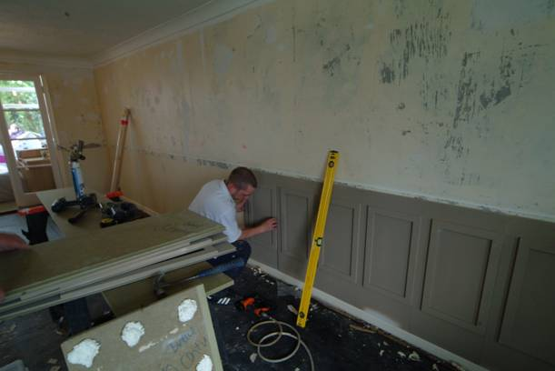 How to install your own wall panelling do it yourself wall panelling for How to install frp wall paneling in a bathroom