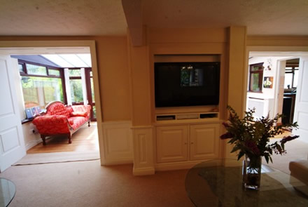 tv media surrounds design ideas by wall panelling experts the ssecret garden holiday cottage tenby south wales sykes cottages