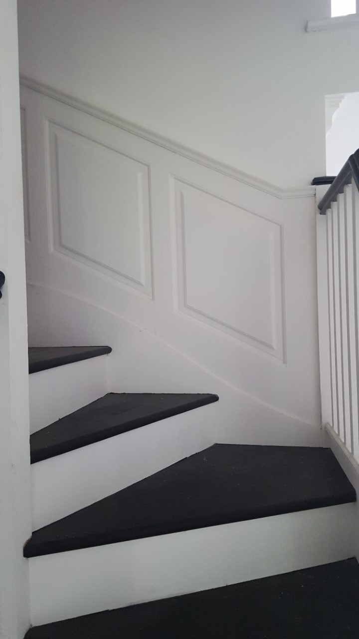 georgian stair panelling
