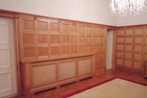 oak/oak veneer wall panelling oak wall panelling made in the uk by wall panelling experts for cheshire for machester united footballers